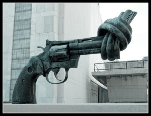Anti-gun-sculpture